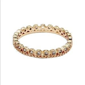 Gold mini inlaid crystal ring